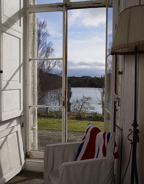 La finestra sul lago