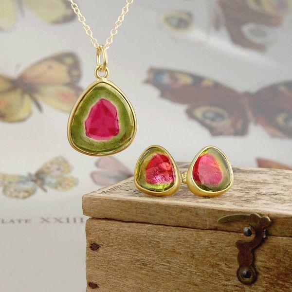 Embers Gemstone Jewellery Watermelon Tourmaline Birthstone Gold... (8.020 ARS) ❤ liked on Polyvore featuring jewelry, gemstone jewellery, 18k gold jewelry, birthstone jewelry, gemstone jewelry and tourmaline jewelry