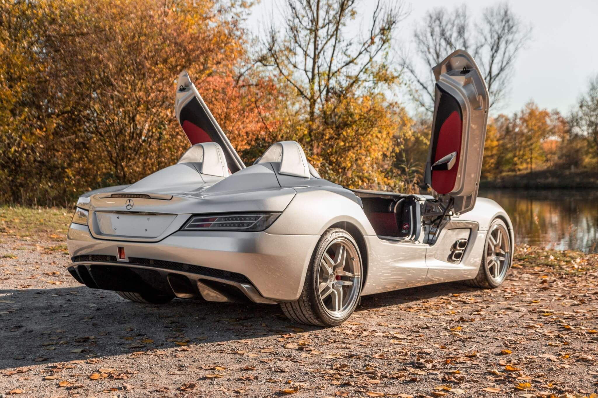 Mercedes Benz Slr Stirling Moss With Images Mercedes Mercedes