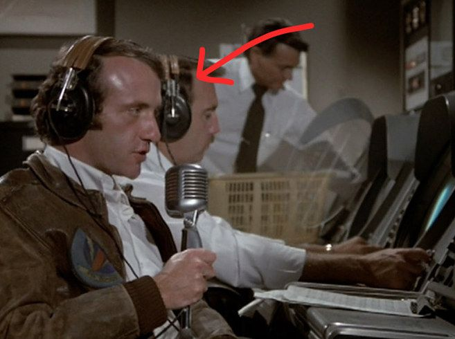 Jonathan Banks in Airplane! | Famous people, Jonathan banks, Movies