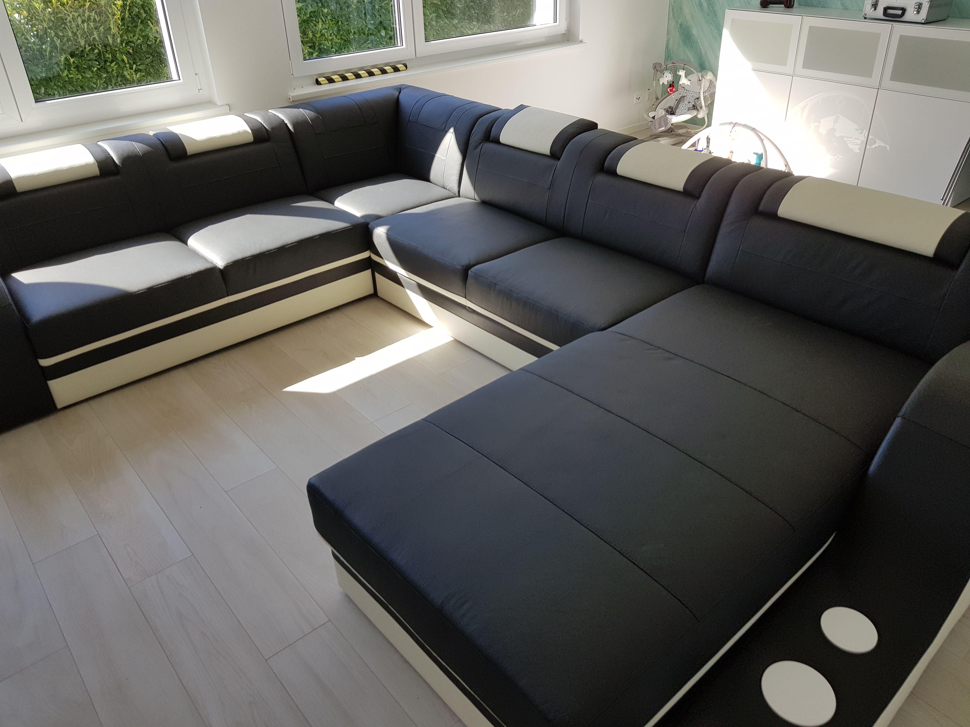 Divano moderno con led ultima design moderno divano a for Divano xxl conforama