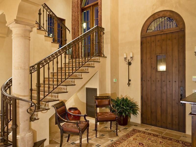 Mediterranean style interiors victorian gothic interior for Arredamento greco