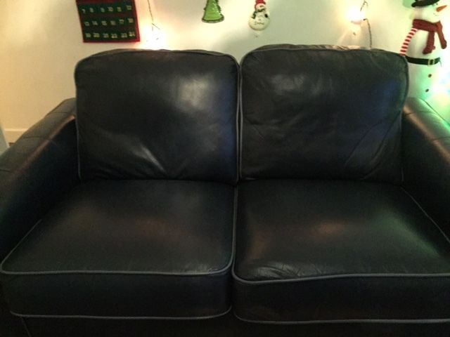 Real Leather 2 Seater Sofa And 1 Chair Quick Sale 100 On Gumtree Real Leather 2 Seater Sofa And Chair Excellent Condition 2 Seater Sofa Real Leather Seater