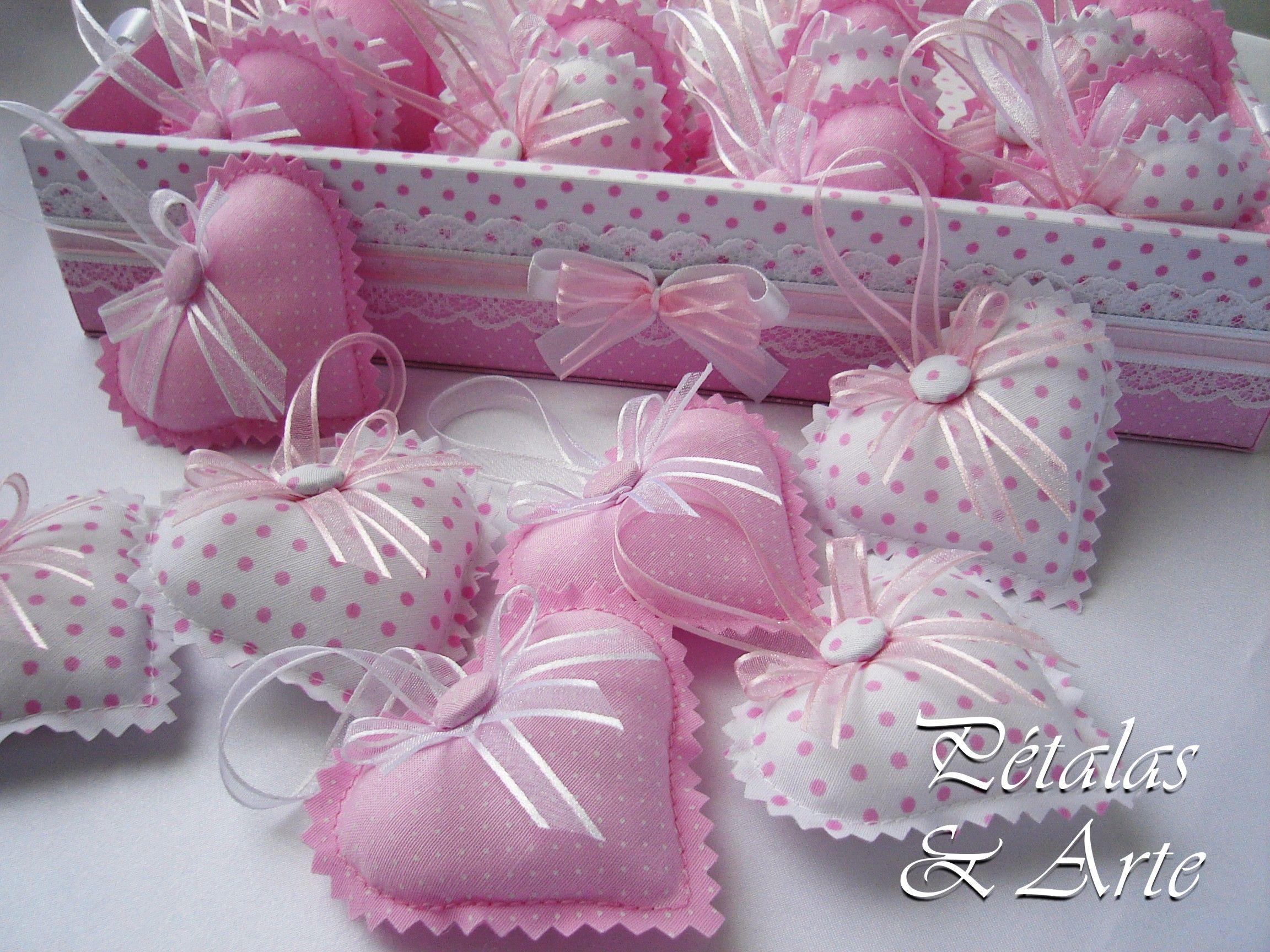 Sache coração rosa. Lembrancinha campanha Outubro Rosa.