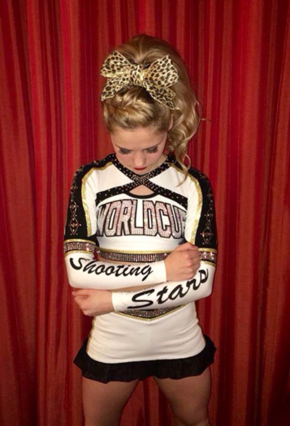 World Cup Shooting Stars Cheer Outfits Cheer Picture Poses Cheer Poses