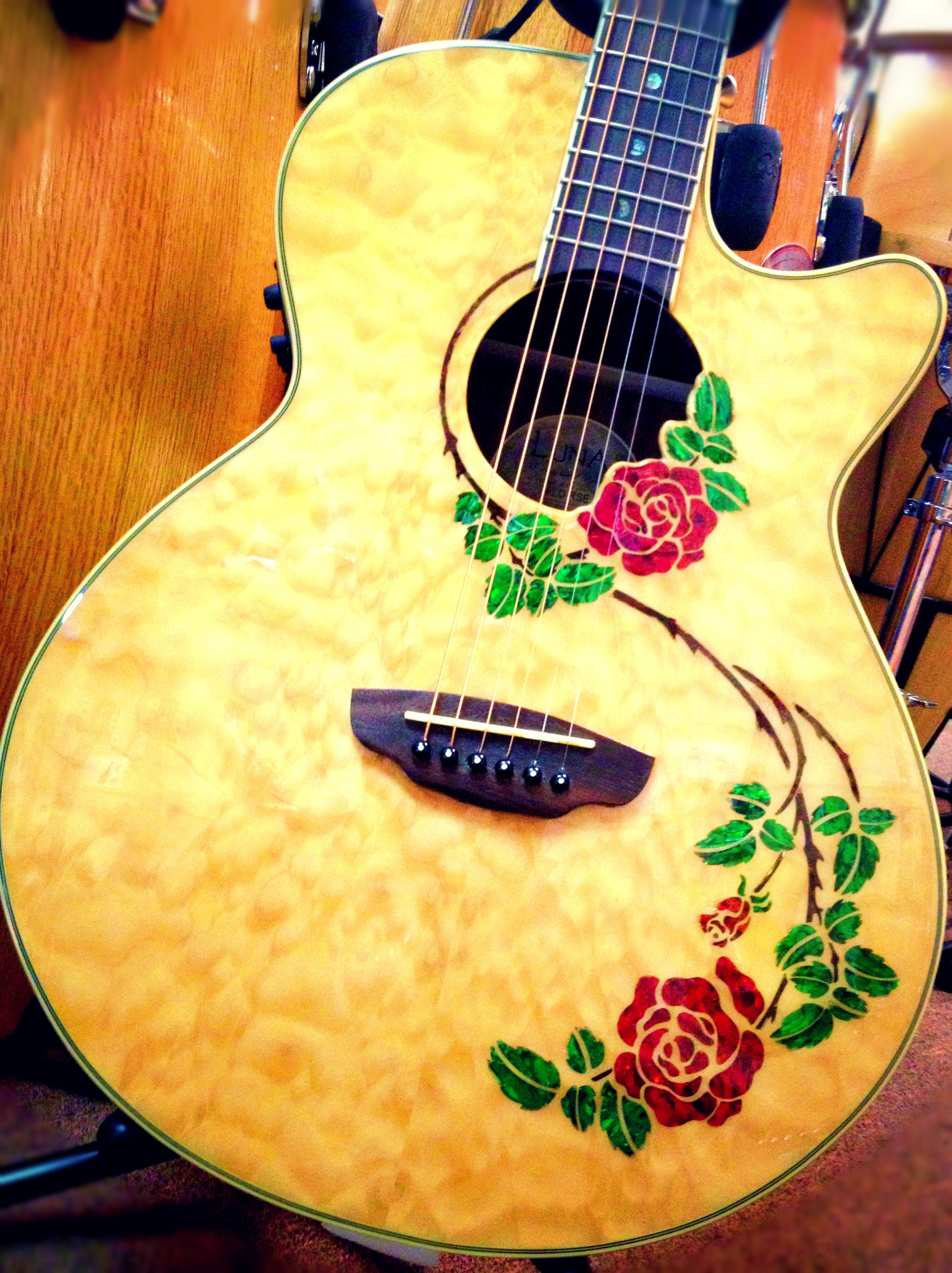 Luna Guitars Flora Rose    #beautiful #rose