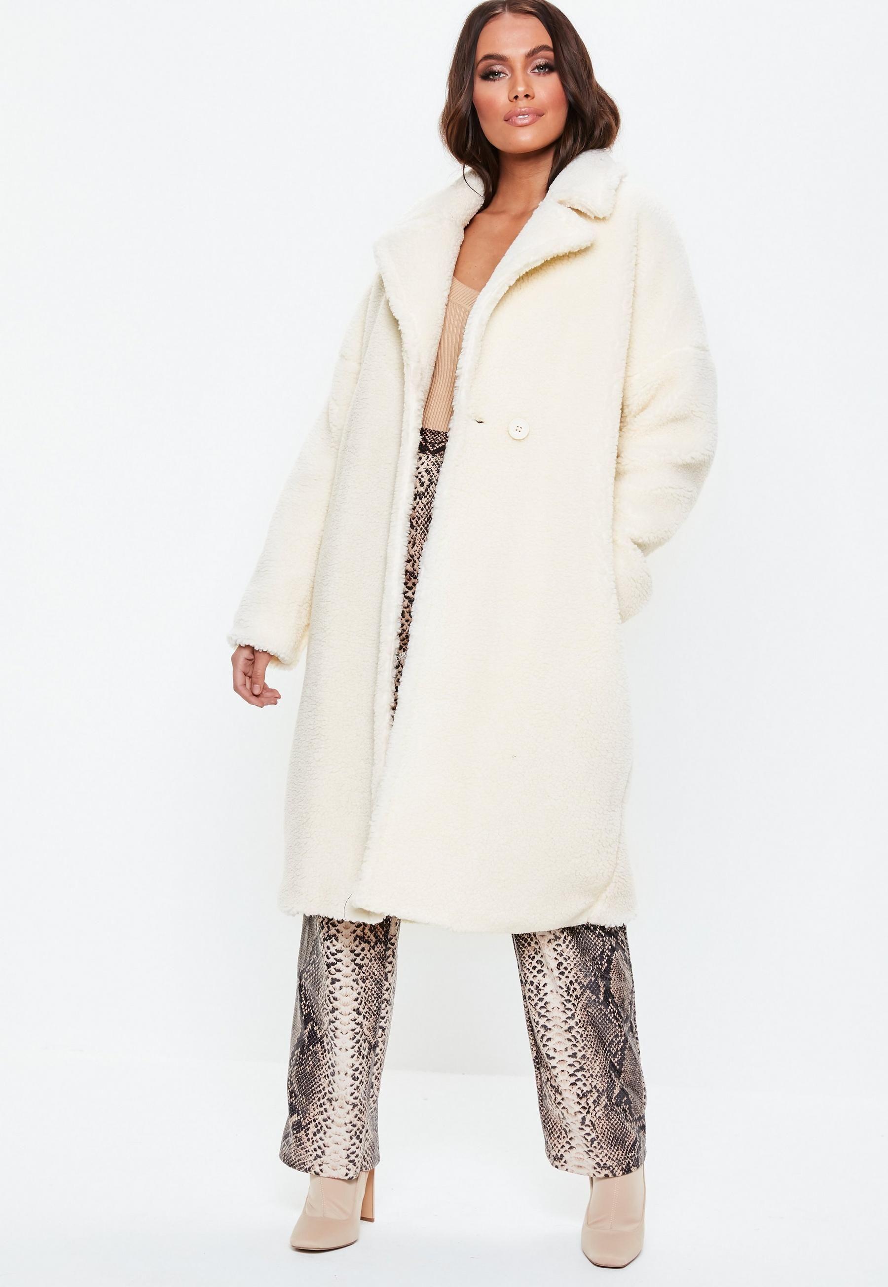 White Oversized Chunky Borg Teddy Coat Missguided Coats Jackets Women Teddy Coat Coat [ 2608 x 1800 Pixel ]