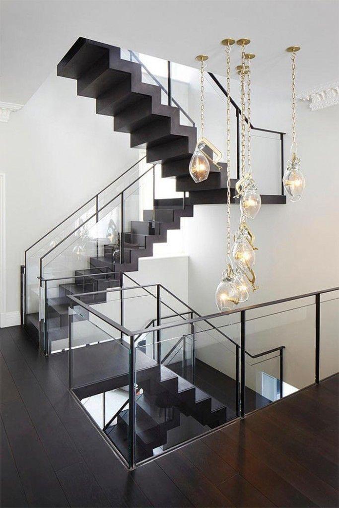 2-casa-varias-alturas-londres-sofa-blanco-decoracion-moderna