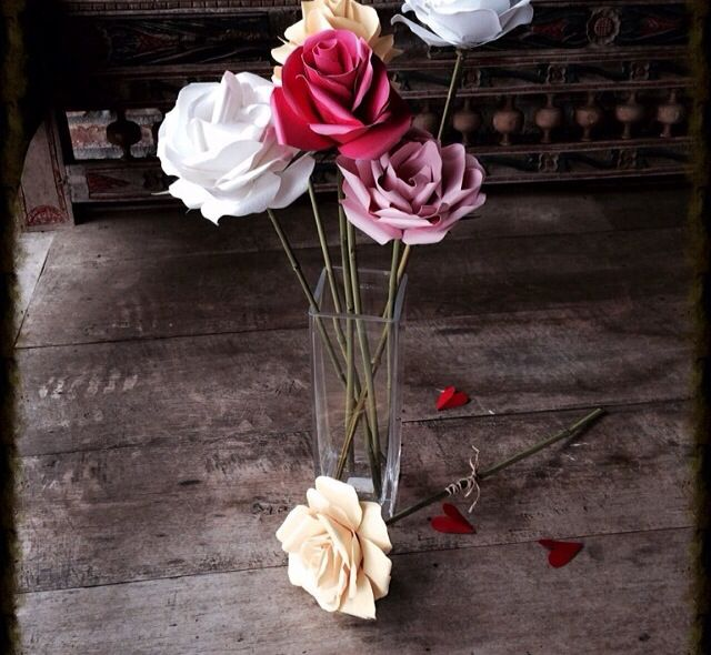 DIY paper flowers could save heaps of money