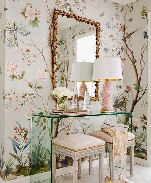 Chinoiserie floral wall paper and pink home decor accents | Vintage ...