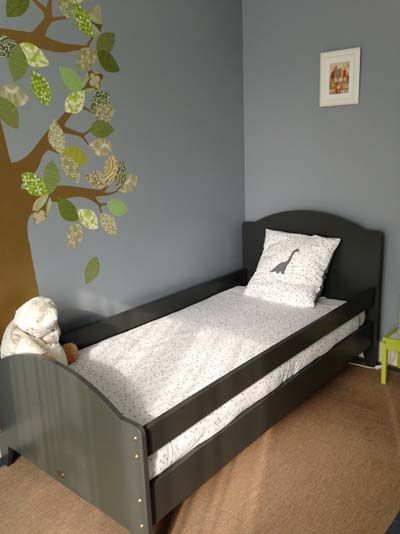 lit enfant 90x190 carline gris avec barrieres de securite amovibles children bed 90x190 with safety barriers