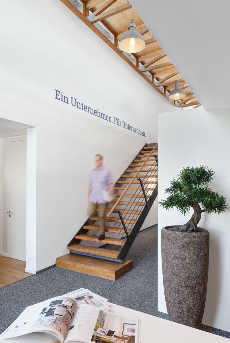Beleuchtung Treppenaufgang eingangsbereich treppenaufgang beleuchtung büroaccessoires