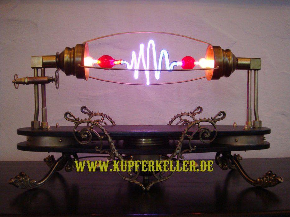 Aetheria Circumducitur A Steampunk High Voltage Lamp Iluminacion Industrial Iluminacion Disenos De Unas