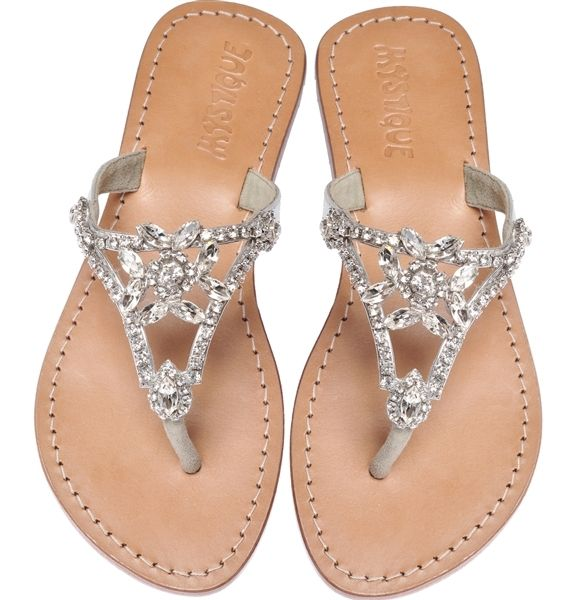 26bb1e7862ba91 I loveee dressy leather sandals.