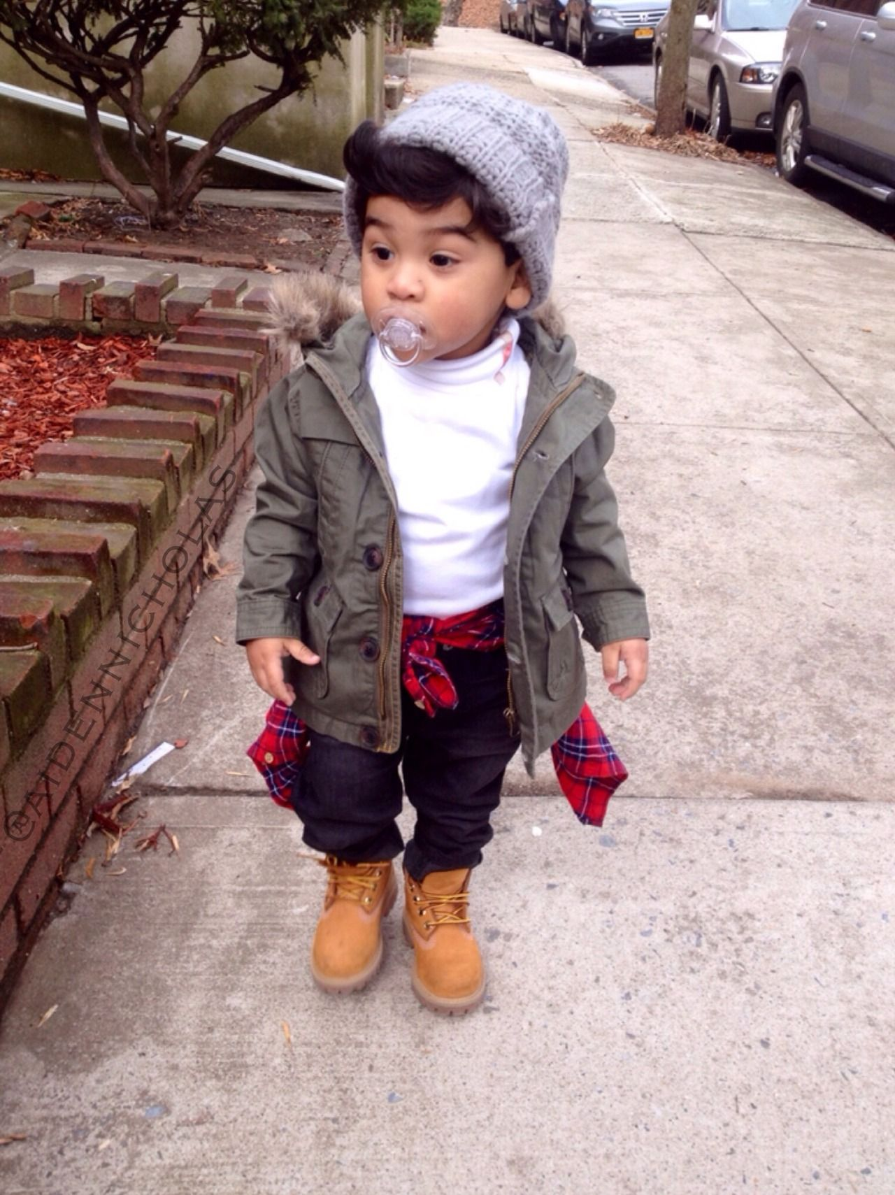 7cce81a3 Perfect except for the pacifier A plaid and a parka #baby #weetips #fashion