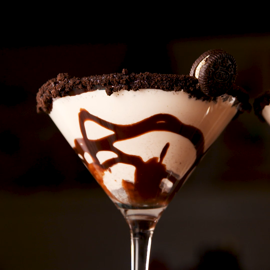 Cookies 'N Cream Martini