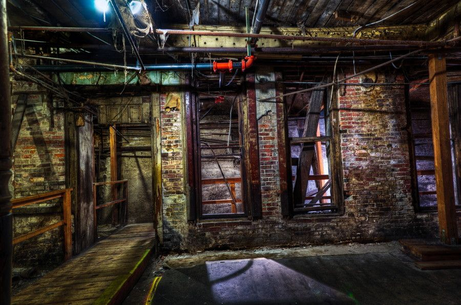 In 1889, 31 blocks of Seattle, Washington were destroyed in a fire. While city leaders decided to rebuild the city as it was before, the new streets were regraded one to two stories higher than before. The old city is still evident and can be accessed via one of Seattle's great attractions: the underground tour.