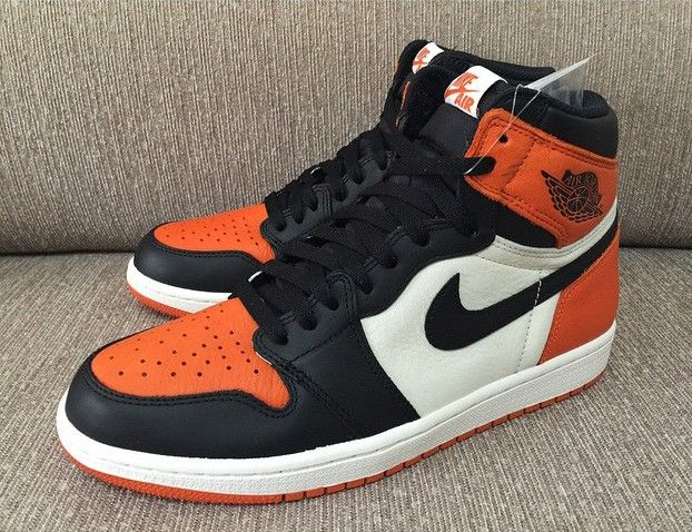 Air Jordan 1 High Orange Black White Met Afbeeldingen