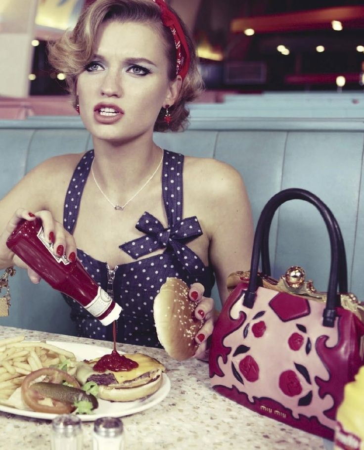 Rockabilly Makeup Photoshoot By Paloma Ortiz: Ladies Who Lunch In 2019