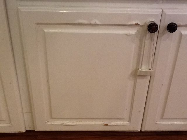 Water Damage On Press Wood Kitchen Cabinets In 2019 Linda Wood