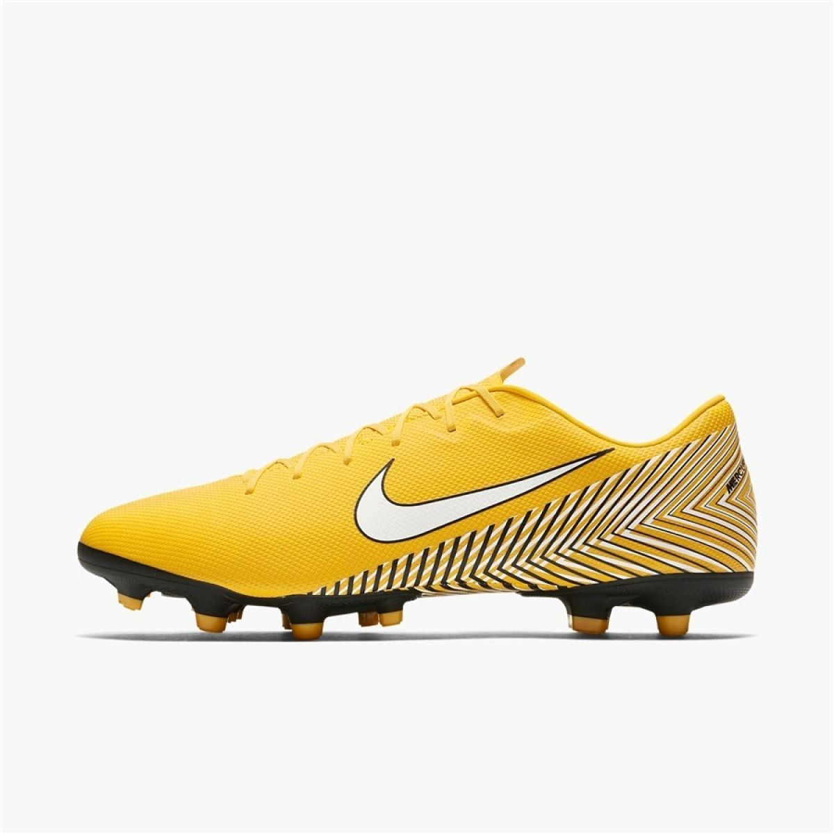 Nike soccer shoes, Football shoes