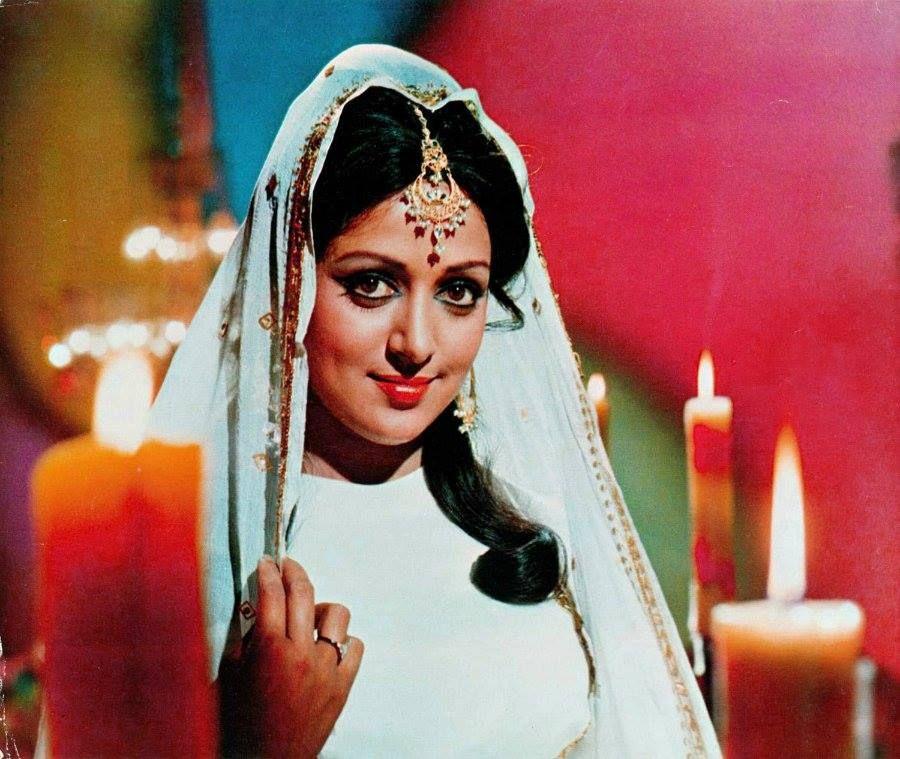 связать актриса индийского кино малини фото объектов