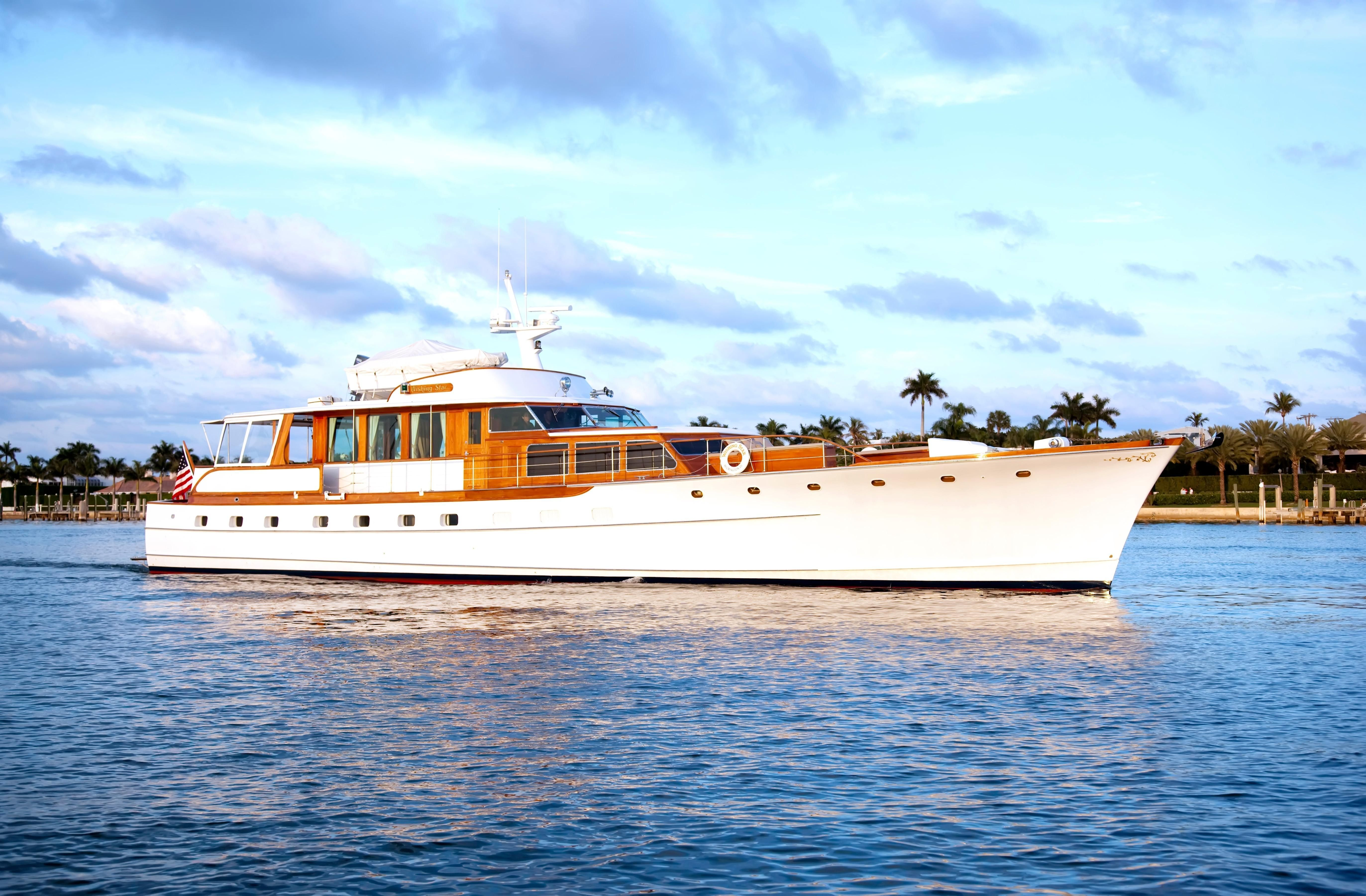 1963 Trumpy Power Boat For Sale Www Yachtworld Com Boat Design Classic Wooden Boats Classic Boats