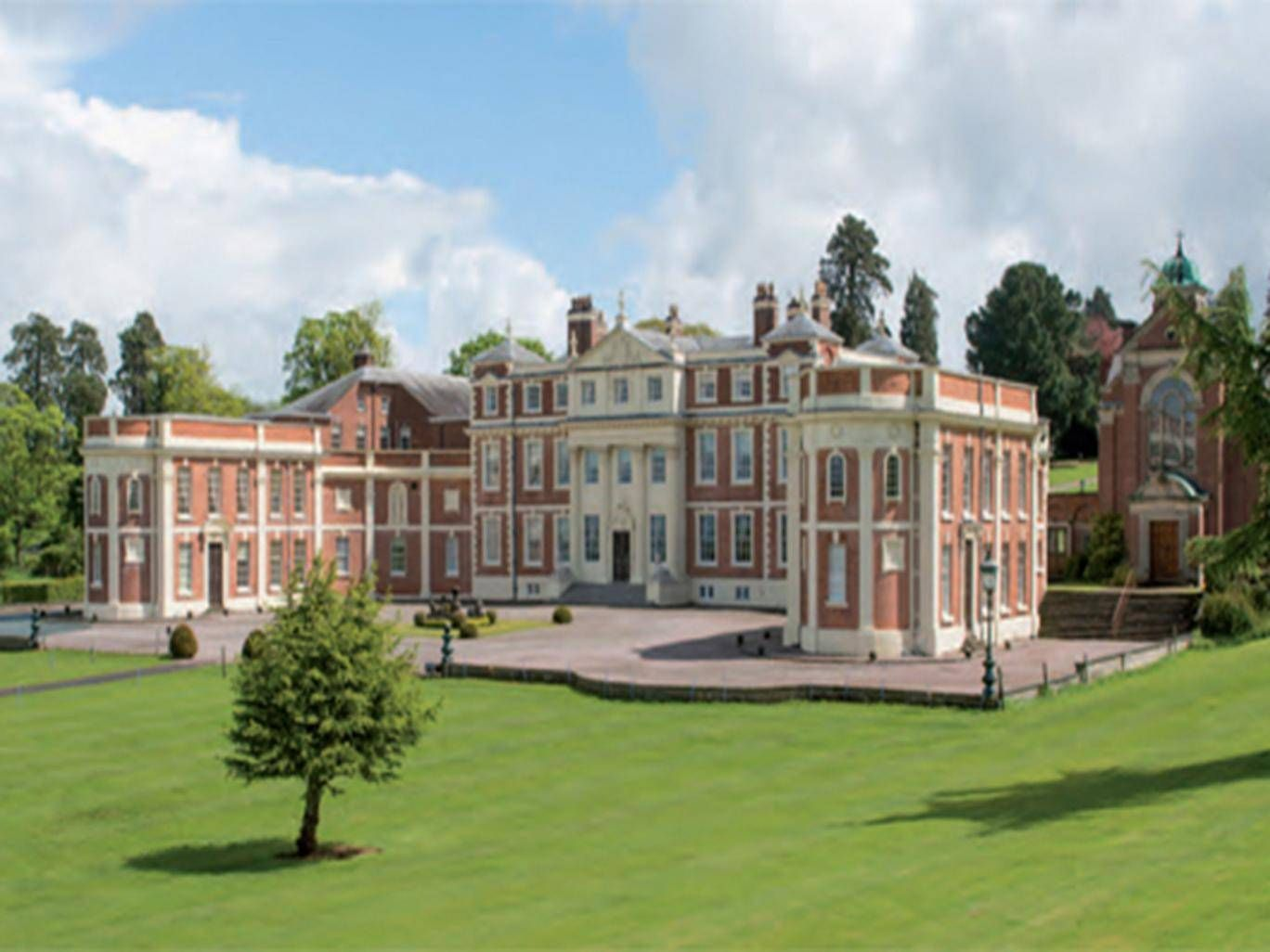 For Sale Georgian Stately Home For Less Than A Two Bed London Flat Mansions Stately Home Georgian Mansion