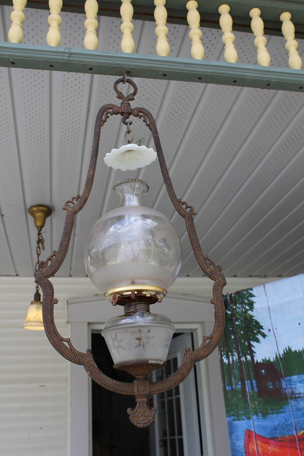 Antique Victorian Hanging Oil Lamp Bracket With Oil Lamp Fontshade Smoke Bell Oil Lamps Lamp Antique Oil Lamps