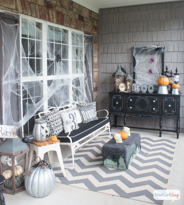 scary halloween decorations for your front porch - Gory Halloween Decorations