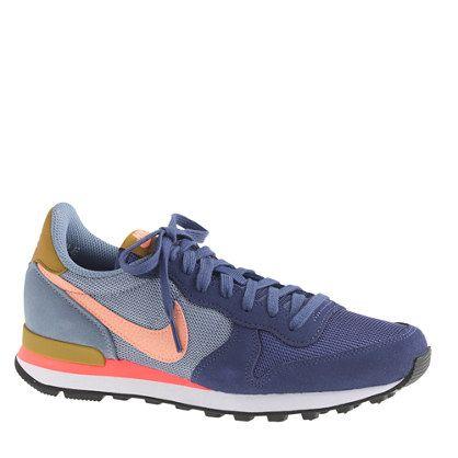 Women's Nike® Internationalist mid sneakers | Boot shoes women ...