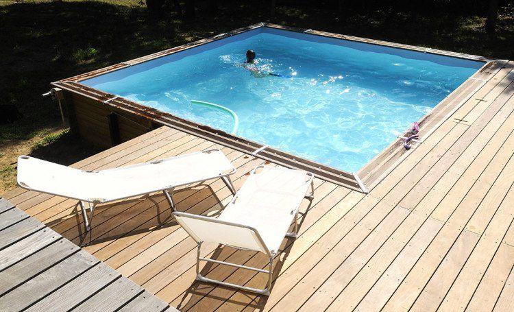 implanter un bassin de baignage semienterré en pin