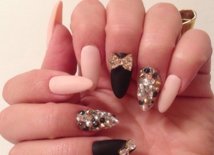 Claw nail designs graham reid when you are looking for inspirations on your nails you will be amazed by the prinsesfo Gallery