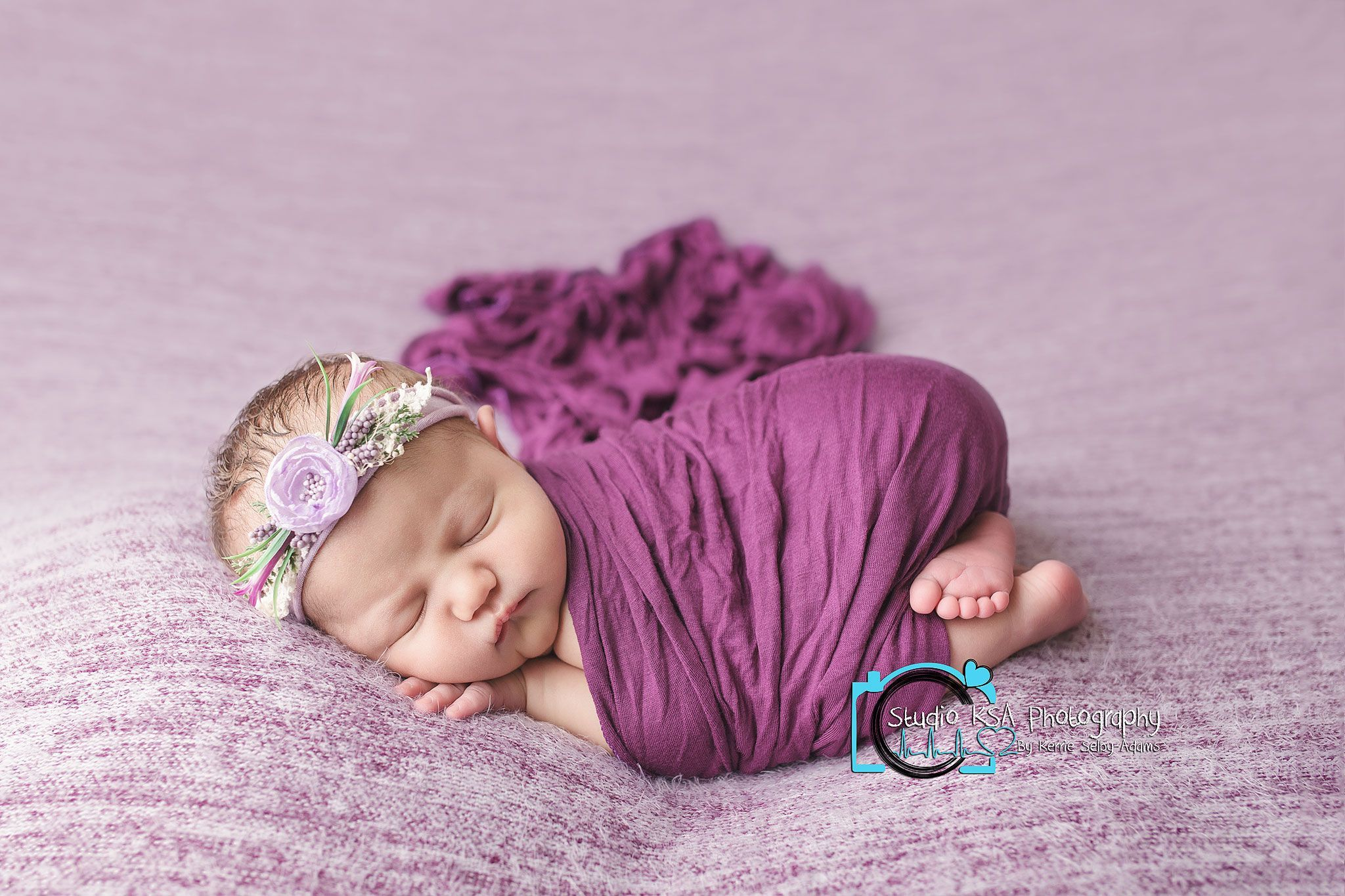 Classic bum up pose newborn photography Newborn girl newborn