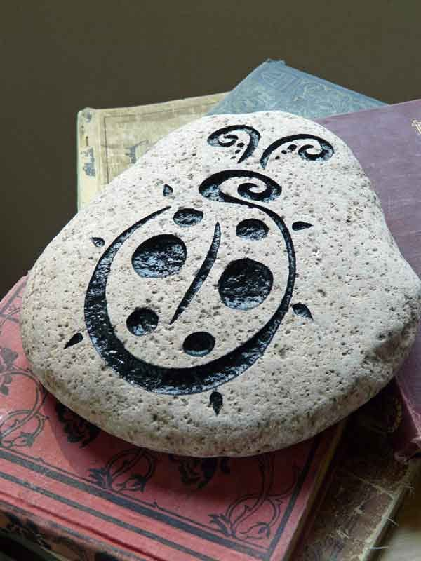how to make engraved rocks