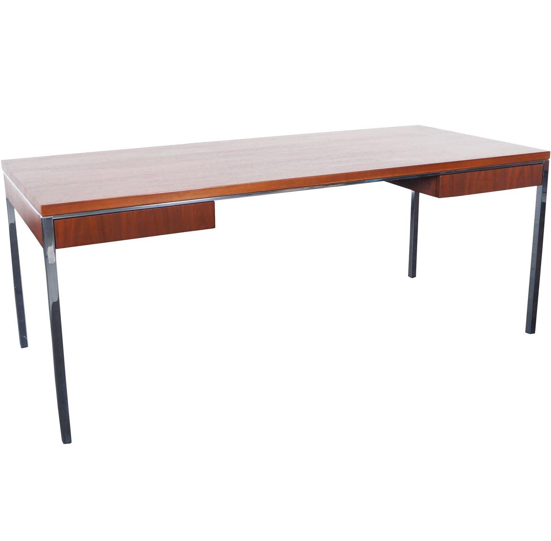 Executive Walnut Desk By Gordon Bunshaft For Knoll Avec Images Mobilier