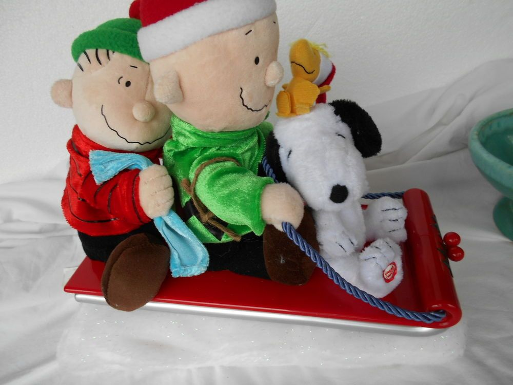 9988554d87794 Peanuts Musical Animated Christmas Sleigh Ride SNOOPY CHARLIE BROWN LINUS