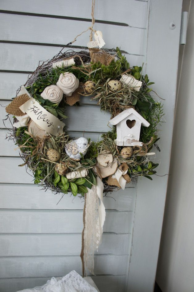 Photo of An enchantingly beautiful door wreath with rustic charm … On a m …