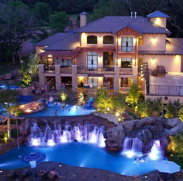 Luxury Mansions With Swimming Pools: Massive Mansion With Multi Level Pools