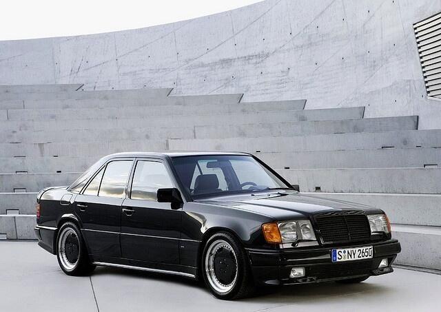 AMG Mercedes-Benz 300E 5.6