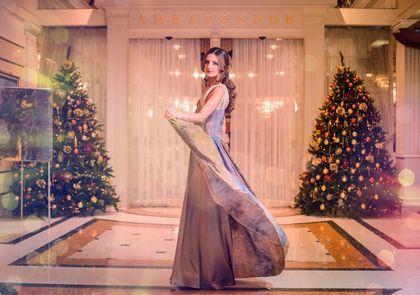 -15% Вечернее платье из авторского шелка - новая цена 22.100 р. - абстрактный