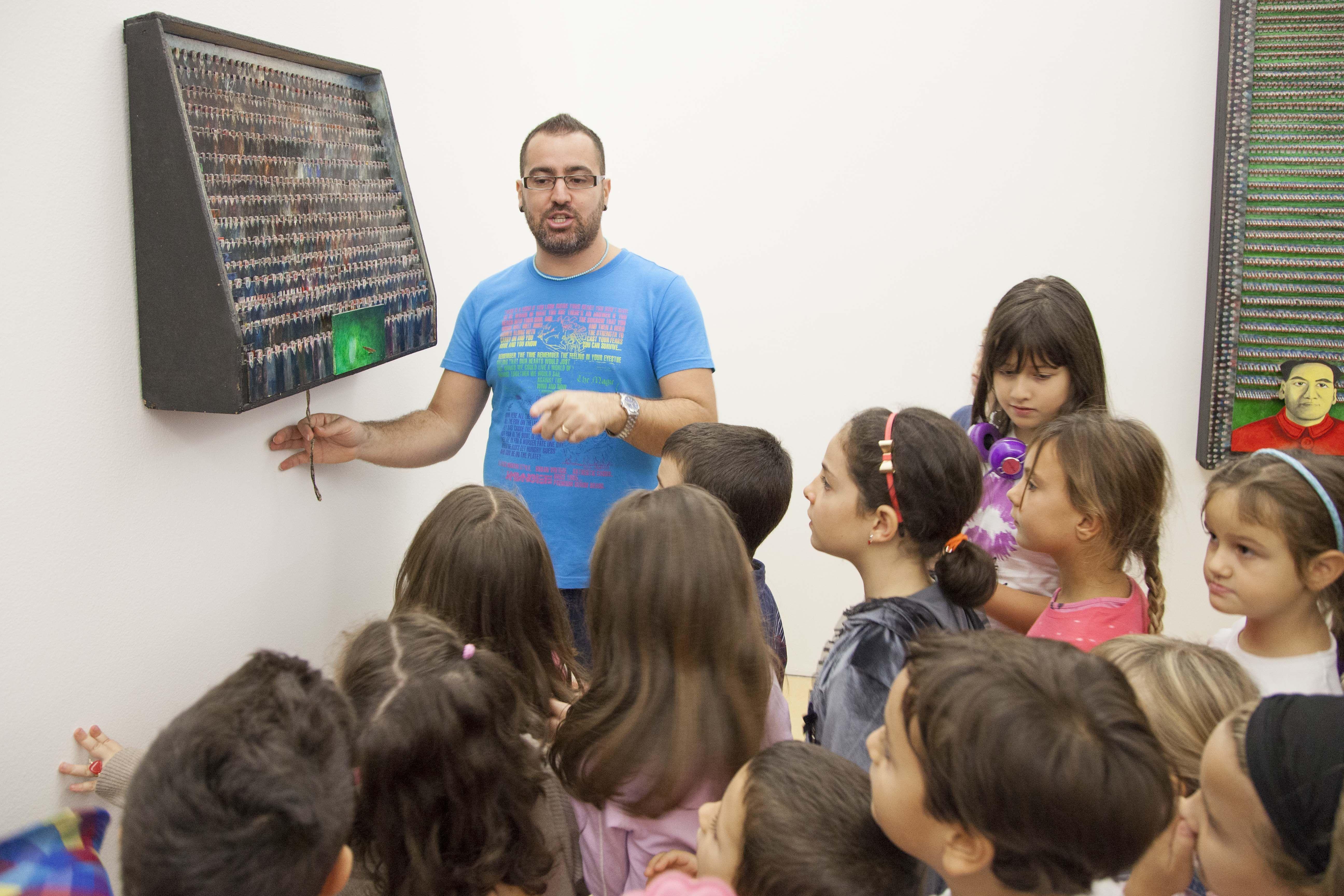 Famiglia MADRE | laboratorio didattico creativo. Photo (C) Amedeo Benestante