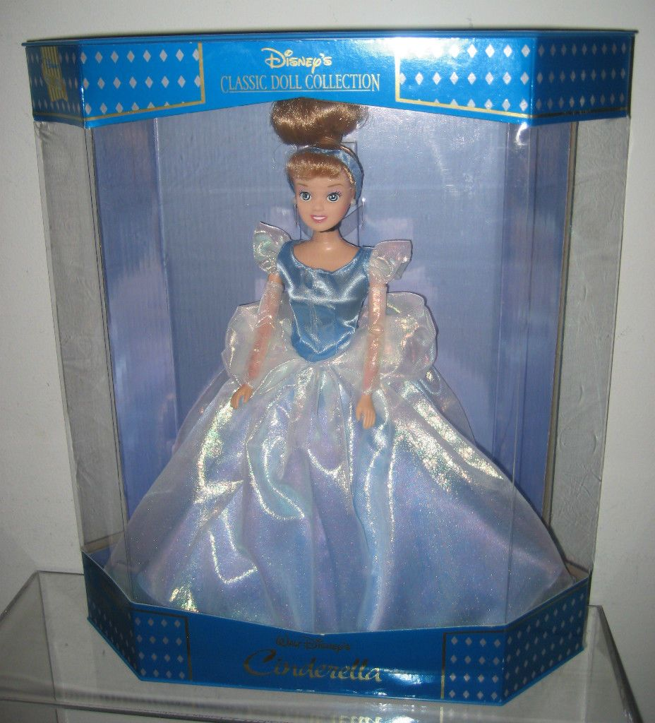 Castle For Sale At The Madison Club Avi Youtube - Disney cinderella classic doll collection disney store exclusive new in box ebay