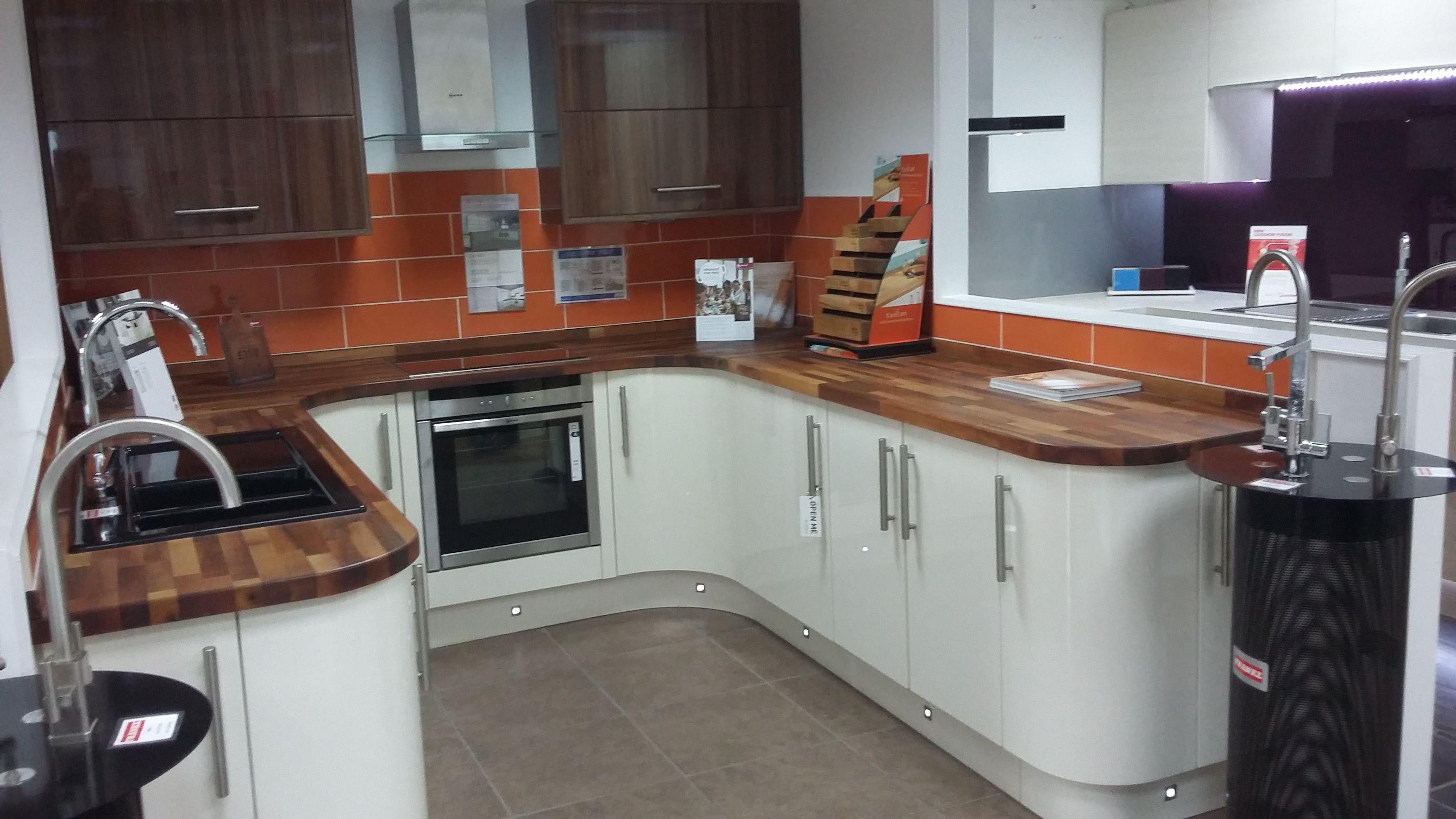 woodbury gloss cashmere cashmere gloss pinterest kitchens