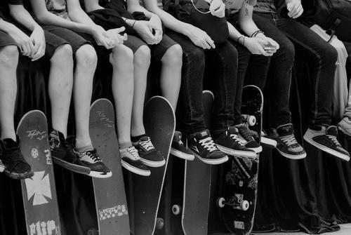 #skateboarding #skatelife #skateyourcity #lifestyle #b&w #bold #yogi #artists #fatape #skate #lovelife #livefast #YOGIboldlife