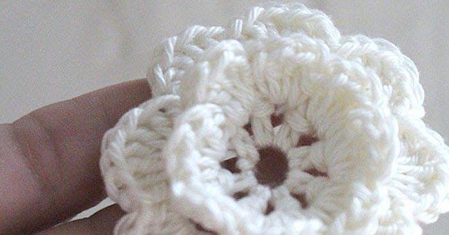 Häkelblume, Häkeln, Anleitung, Tutorial, DIY, crochet flower ...