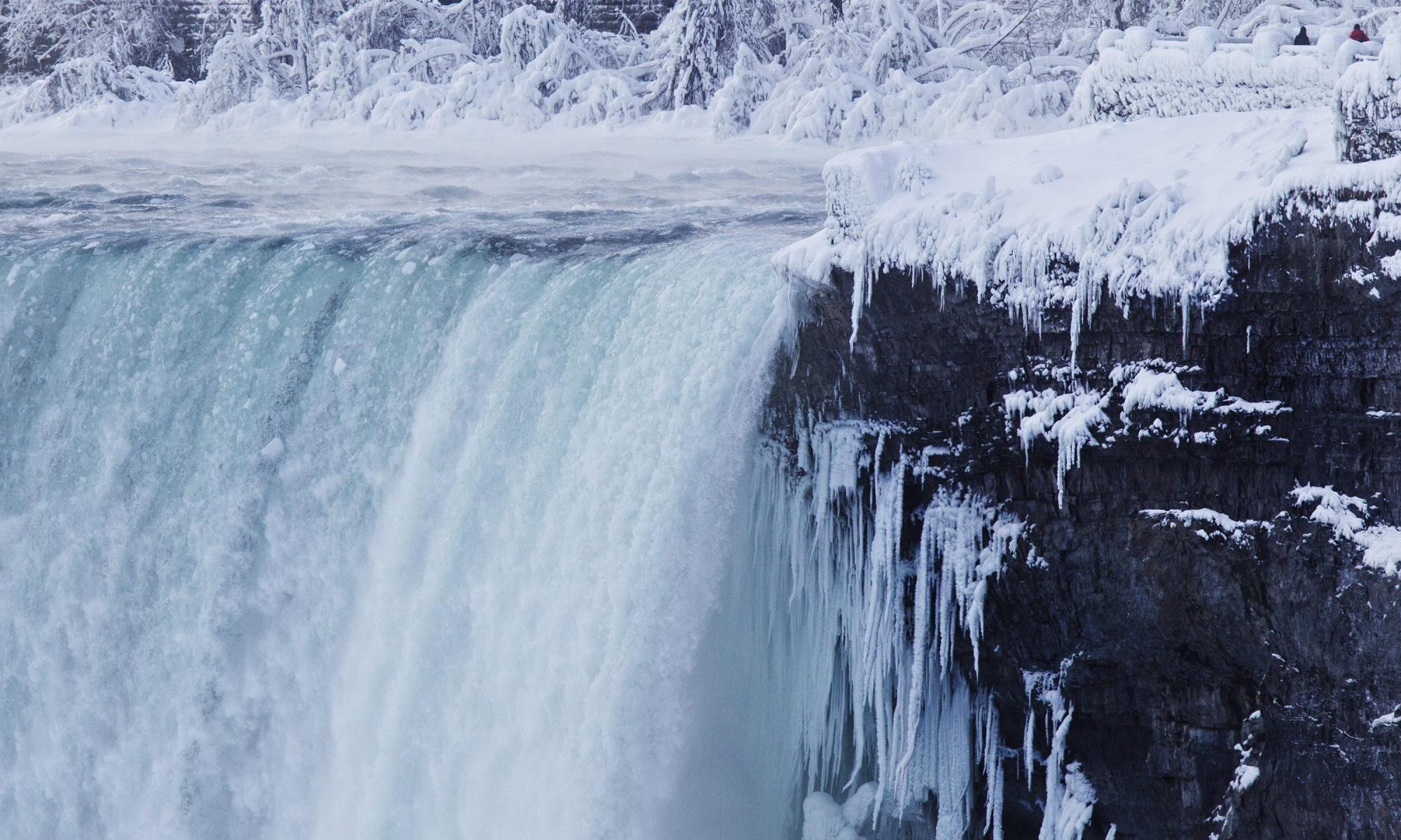 Niagara Falls Freezes Over As Polar Vortex Drops