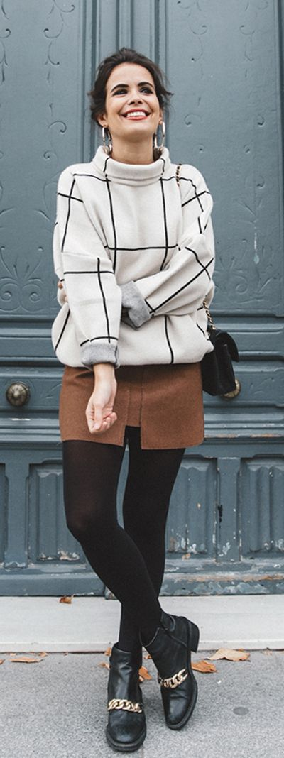 Clean lines, a boxy fit and lack of unnecessary details, this classy grid top is a great sample to show the beauty of simplicity. Grid Turtleneck Sweater and Pocket of Charm Wool-blend Skirt in Tan featured by CollageVintage Blog