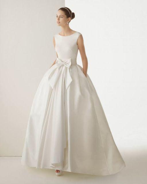 Wedding dress. Wedding Gown. Rosa Clara's 2014 collection.
