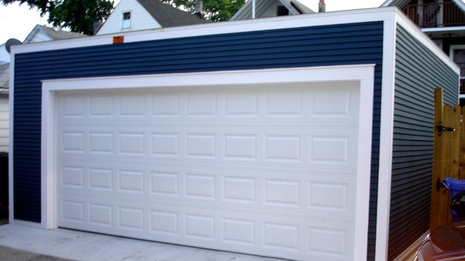 Flatroofgarageconstruction3 7977g 1480833 decks danleys has been building flat roof garages since get a free quote now for your next deck over garage building project rubansaba